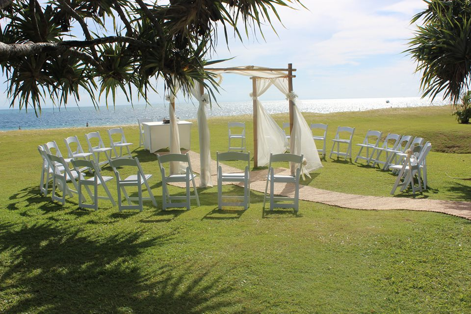 Moreton island wedding